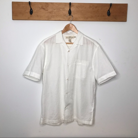 H&M Other - H&M shirt sleeve button down shirt Size M